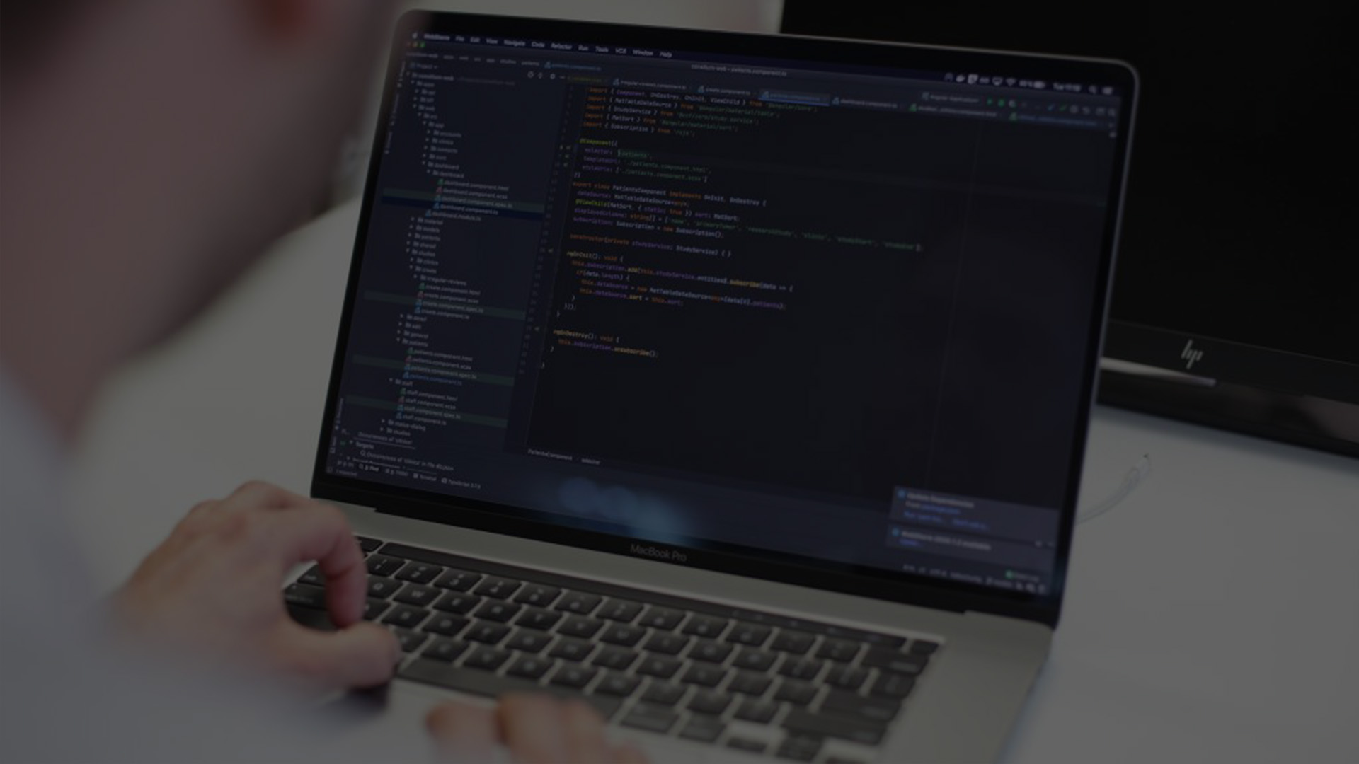 Angular_header